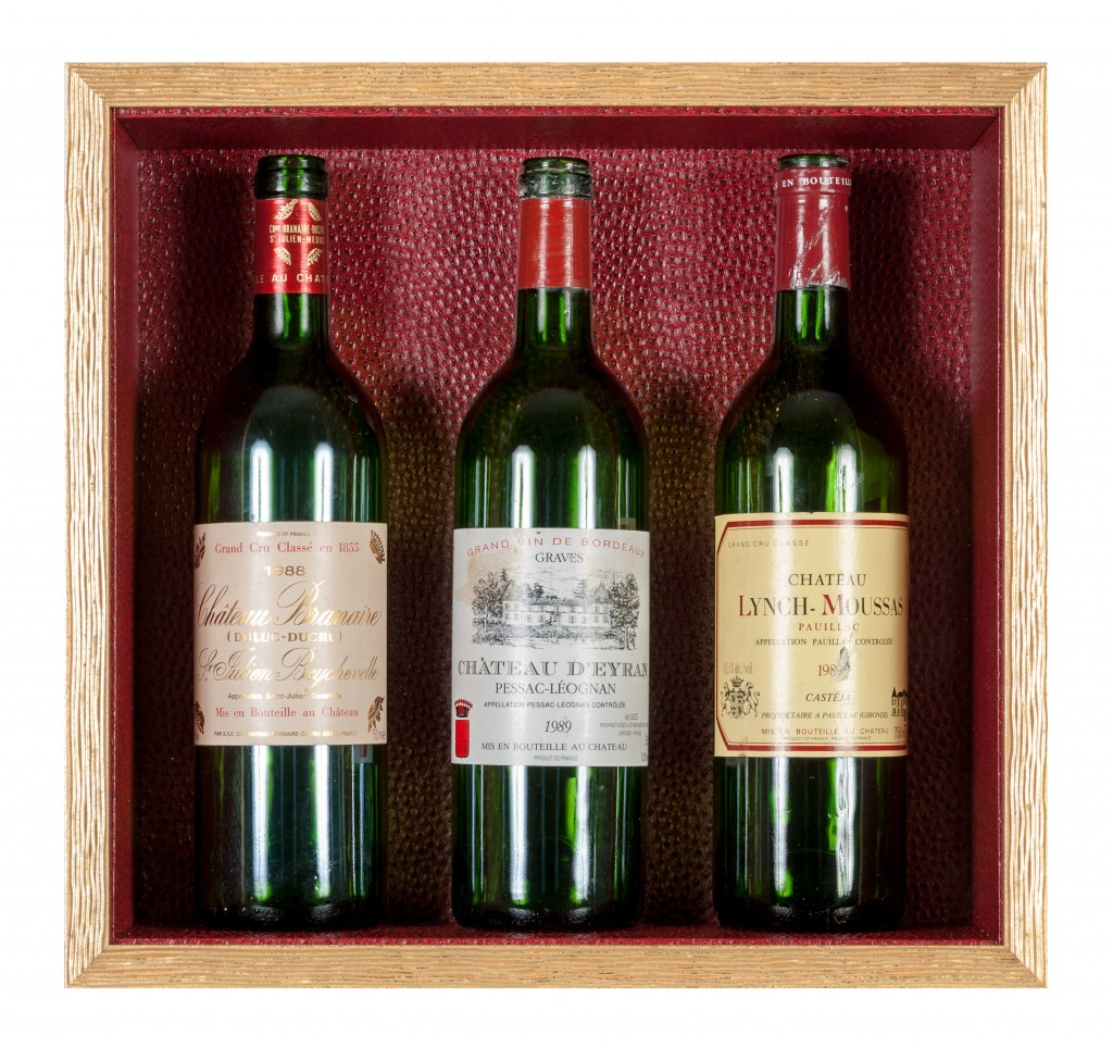 cadre boite vitrine bouteille